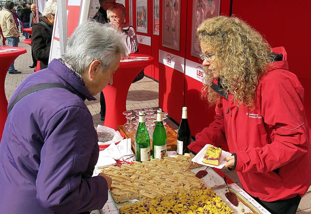 Verlockend: Kuchenauswahl für süße Leckermäuler.    Foto: Erhard Morath