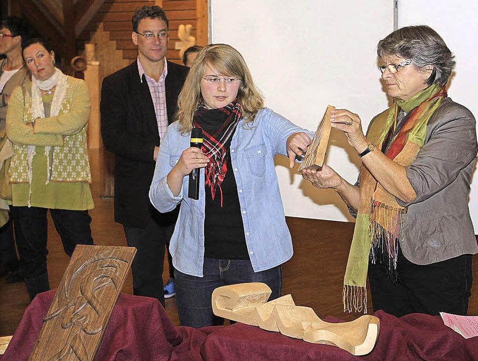 Bianca Bohnet war zum ersten Mal dabei und zeigte Kreationen aus Holz.  | Foto: Gert Brichta