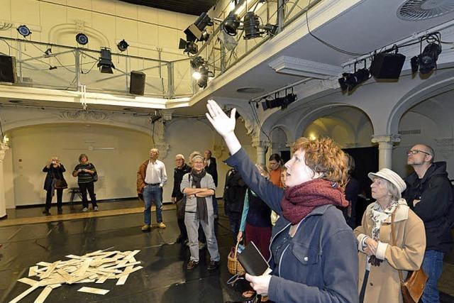 Schriftstellerin Annette Pehnt führt durchs Theater im Marienbad