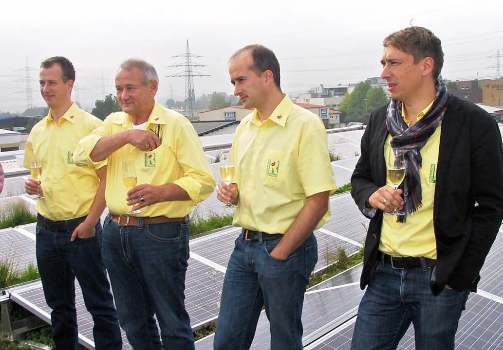 Ihrer eigenen Firma aufs Dach stiegen ...ost-Großhandel Rinklin in Eichstetten.    Foto: gustav rinklin