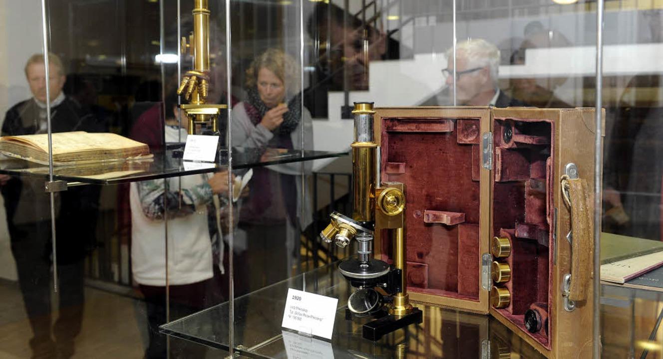 Für die Mikroskopie setzte Ernst Leitz...ten Wissenschaftlern mit  zum Erfolg.   | Foto: Volker Münch