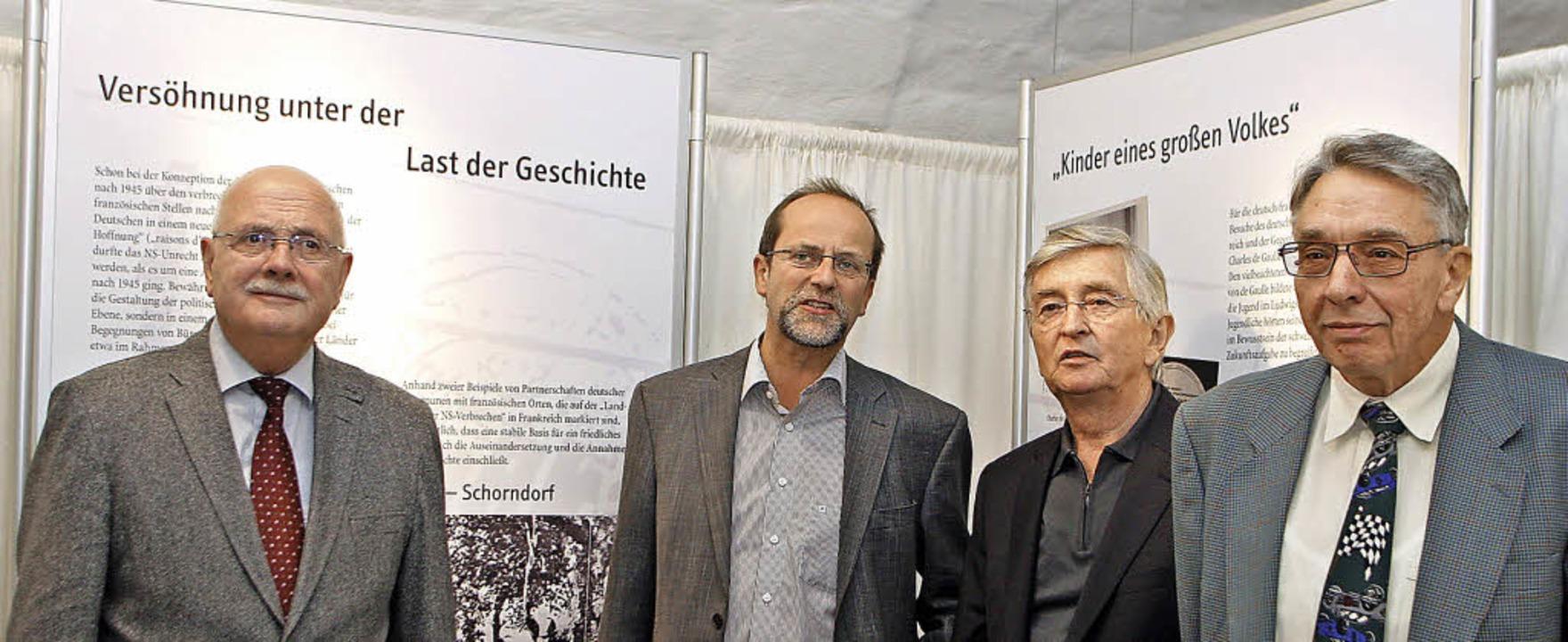 Stadtrat  Walter Caroli (von links) mi...z (Pädagogische Hochschule Freiburg).     Foto: heidi fössel