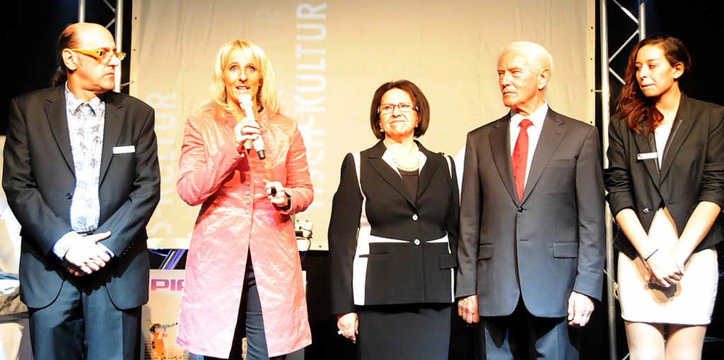 Familienkultur: Geschäftsführerin Jacq...hweigert. Rechts: Natalie Schweigert.   | Foto: Robert Bergmann