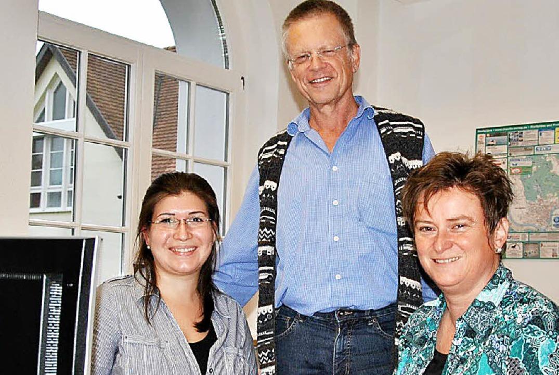 Das Team des Instituts für zukunftsori...eß vom Jobcenter in Waldshut-Tiengen.   | Foto: Ralph Fautz