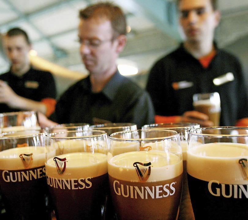 Darauf ein typisch irisches Bier &#821...z vor einem Comeback am Finanzmarkt.    | Foto: dpa