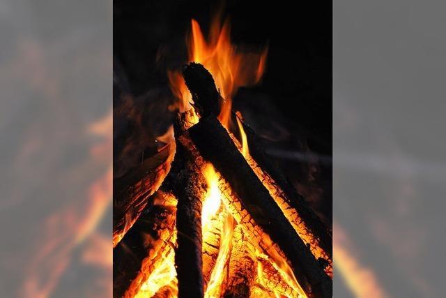 Mit Feuerstein zu hellem Schein