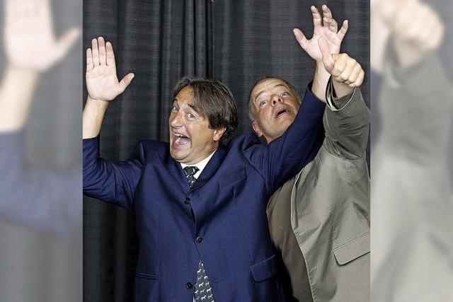 Das Duo Buschtrommel zeigt