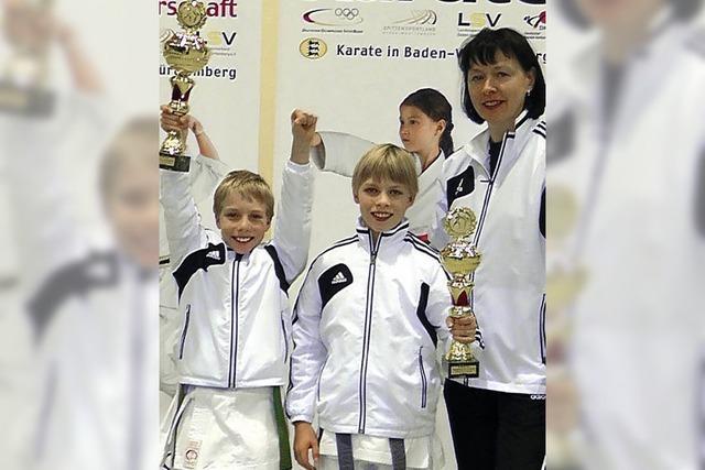 Zwei junge Karate-Talente
