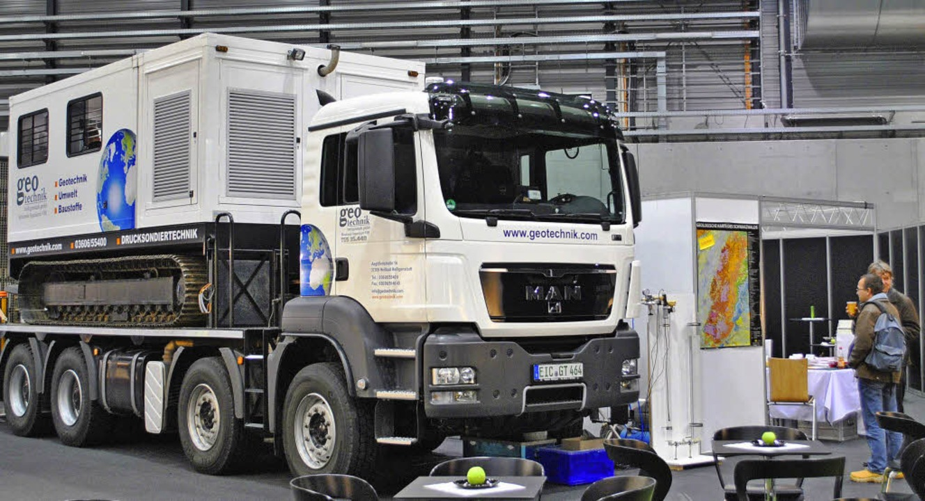 Auf der Ladefläche des Lastwagens der ...ungen und deren sofortiger Auswertung.  | Foto: Fotos: Robert Ullmann