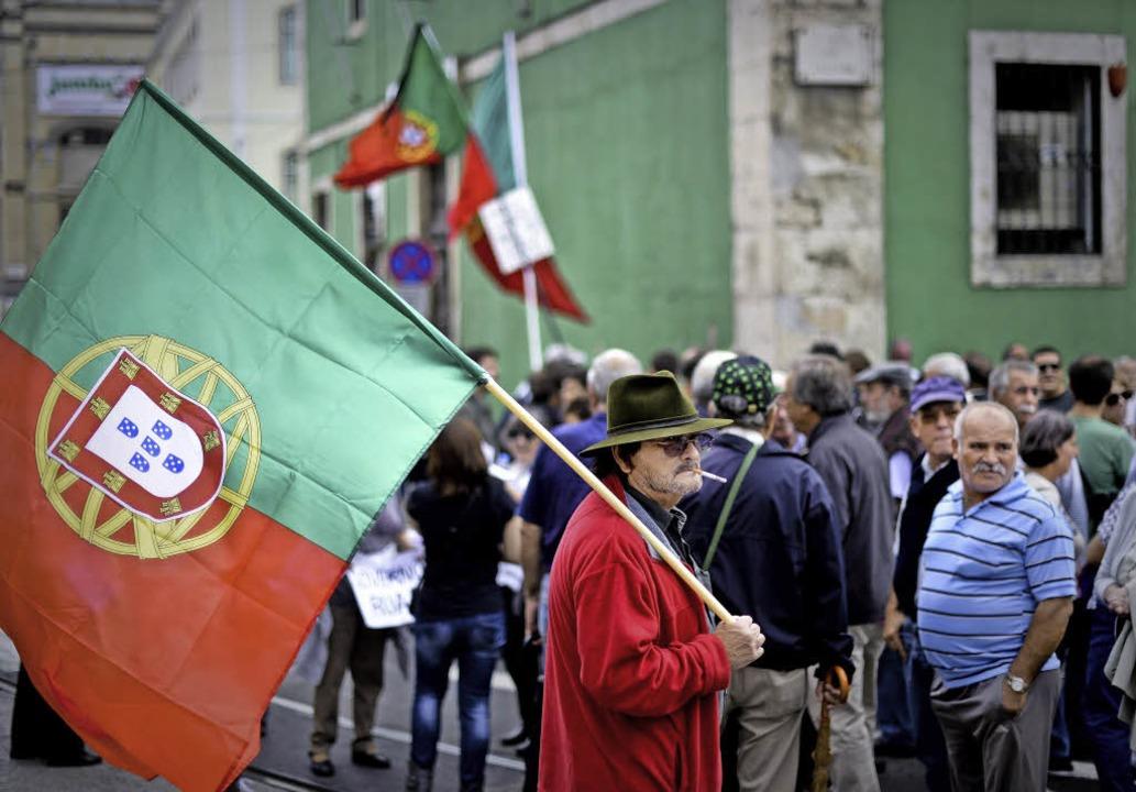 Protest und Trauer –  Zehntausende gingen in Portugal auf die Straße.    Foto: afp