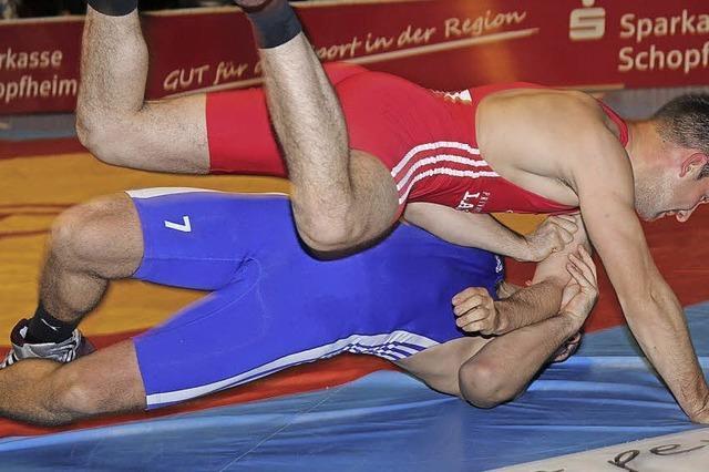 Schultersieg – Tobias Oßwald reißt das Ruder herum