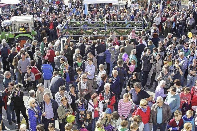 Massen strömten nach Birkendorf