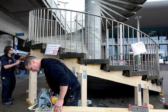 Treppe an Freiburger Brücke braucht Stützen
