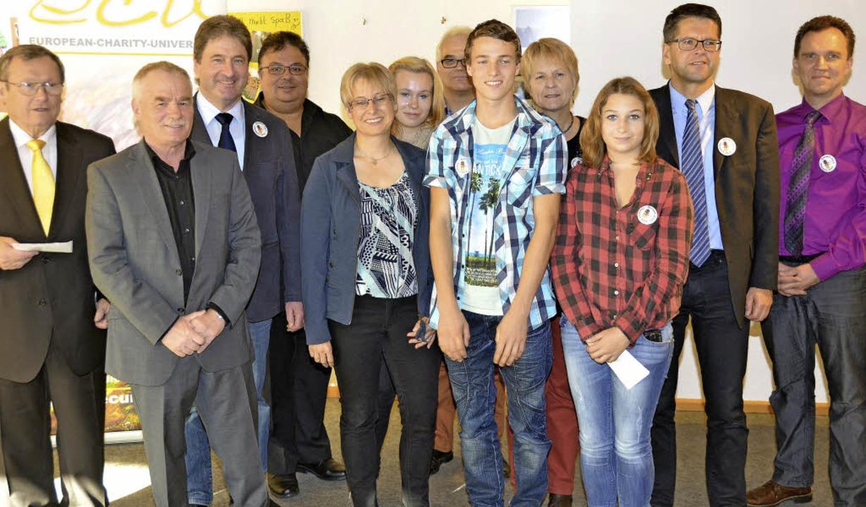 Für ihren  Einsatz für den Schüleraust...hristophorus Jugendwerk Oberrimsingen.    Foto: frank kreutner