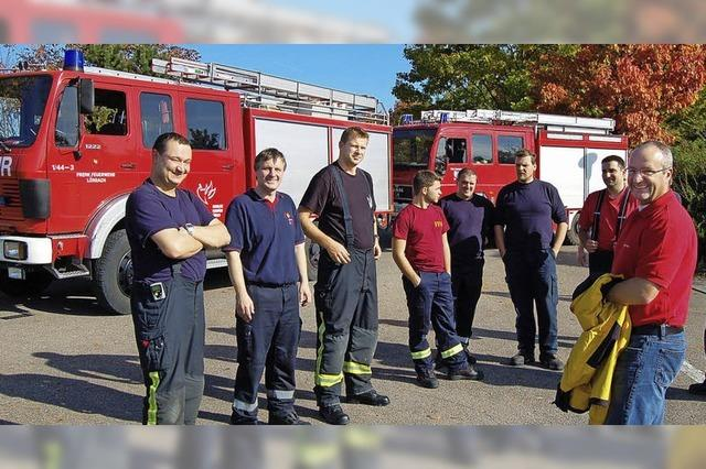 Die Feuerwehr trainiert sicheres Fahren
