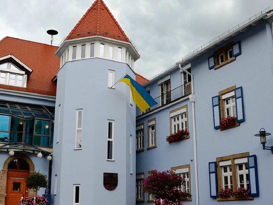 Das Rathaus in Bad Krozingen: Neue Runde im Kampf um den Chefsessel.  | Foto: Alexander Huber