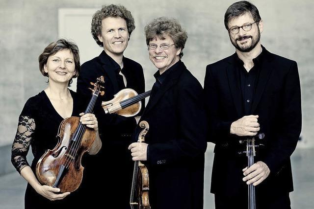 Quartett(o)
