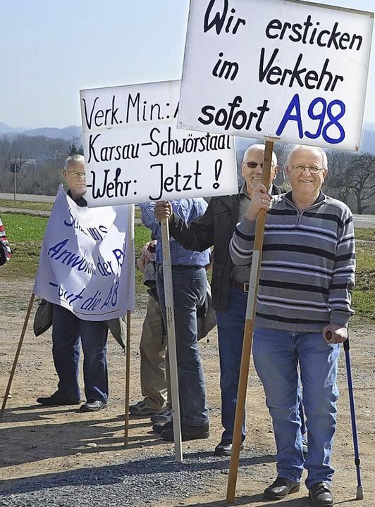 Der Weiterbau der A98 hat am Hochrhein viele Freunde.   | Foto: KREMP