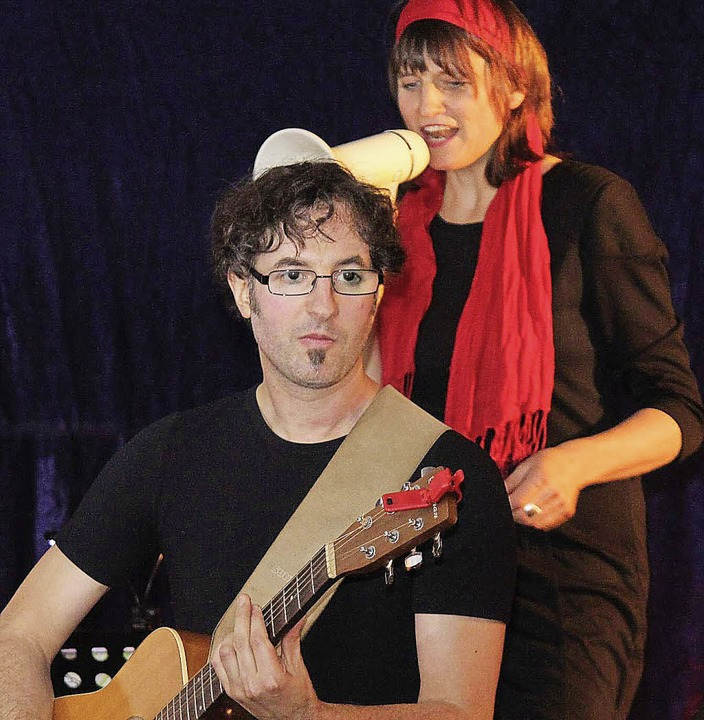 Petra Küfner und Ex-Eisenbacher Markus... deutsches Liedgut modern aufgemacht.   | Foto: Gert Brichta