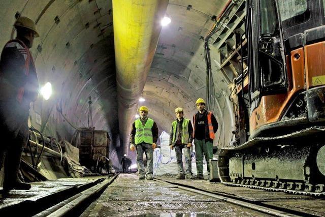 Eisenbahntunnel unter dem Bosporus wird eröffnet