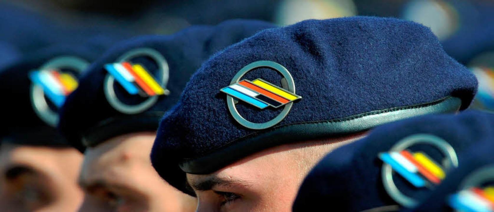 Das zur deutsch-französischen Brigade ...10. Infanterieregiment wird aufgelöst.  | Foto: dpa