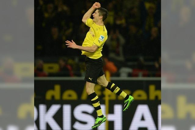Dortmund stürmt an die Spitze