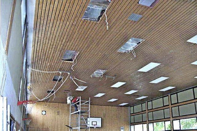 Die Schulsporthalle ist dringend sanierungsbedürftig