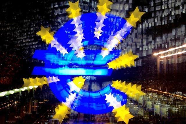 EZB senkt Leitzins auf Rekordtief von 0,25 Prozent
