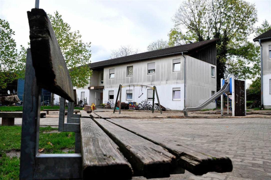 Im Wohnheim an der Hammerschmiedstraße...ffnet, wohnen zurzeit 208 Flüchtlinge.  | Foto: thomas kunz
