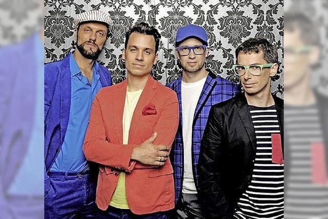 DONNERSTAG: A CAPPELLA: Vier Freunde musizieren