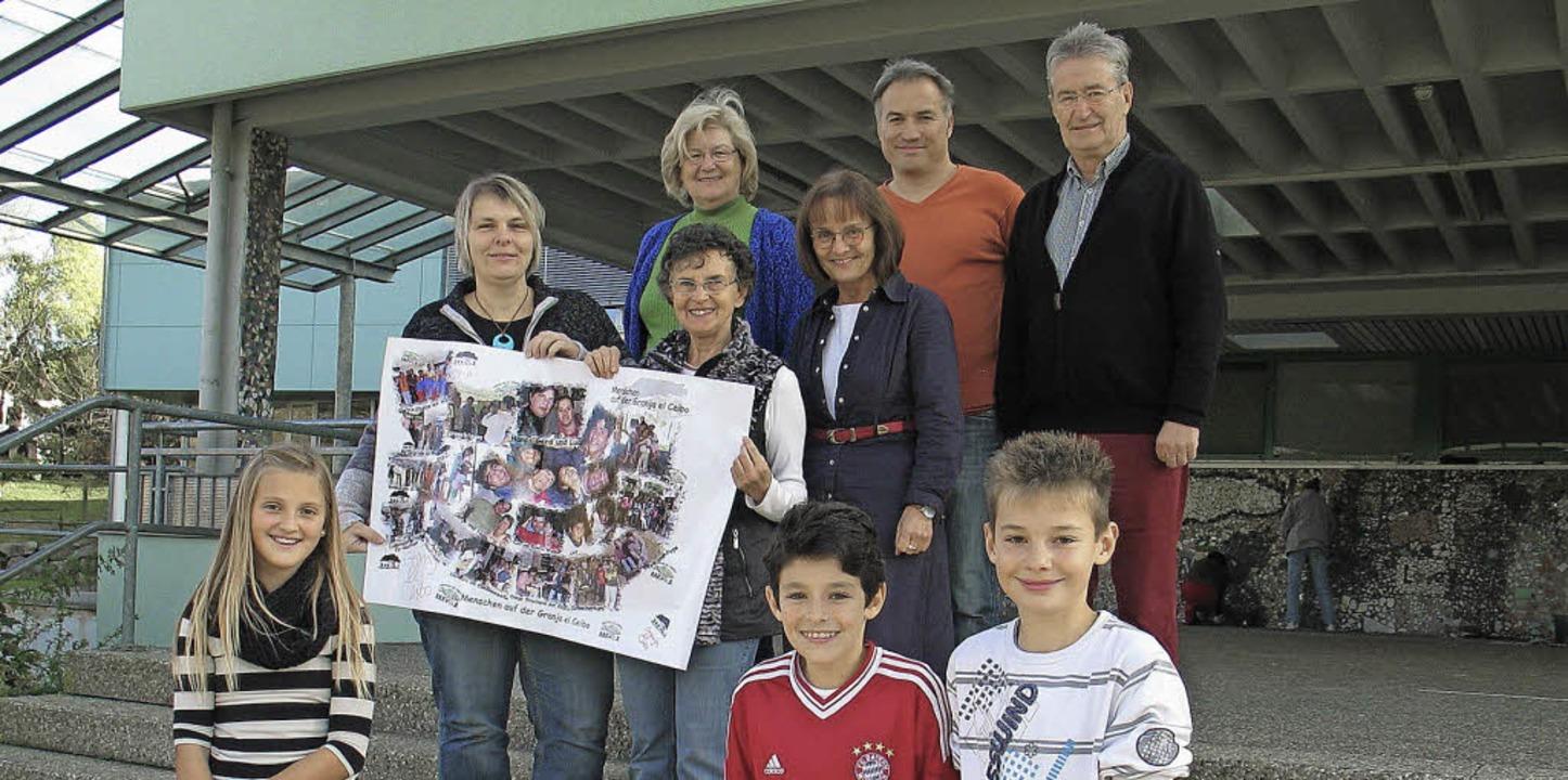 Spendenscheckübergabe Hebelschule    Foto: Jutta Schütz