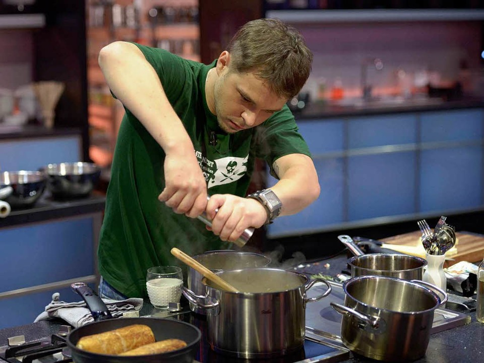 """Stefan Kranich in Aktion bei der Sat1-Kochshow """"The Taste"""".    Foto: Sat1/Oliver S."""