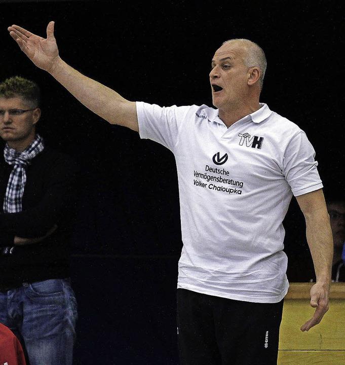 Jürgen Brandstaeter steht nicht mehr a...en muss der Coach die Koffer packen.    | Foto: Aukthun