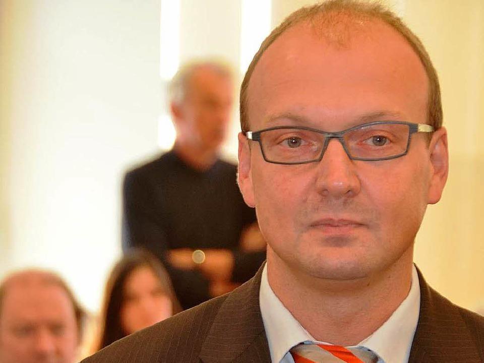 Norbert Moosmann, hier vor dem Waldshu...ericht, will Urteil nicht akzeptieren.  | Foto:  M. Krug