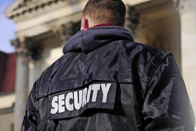 We(h)r sorgt für die Sicherheit?