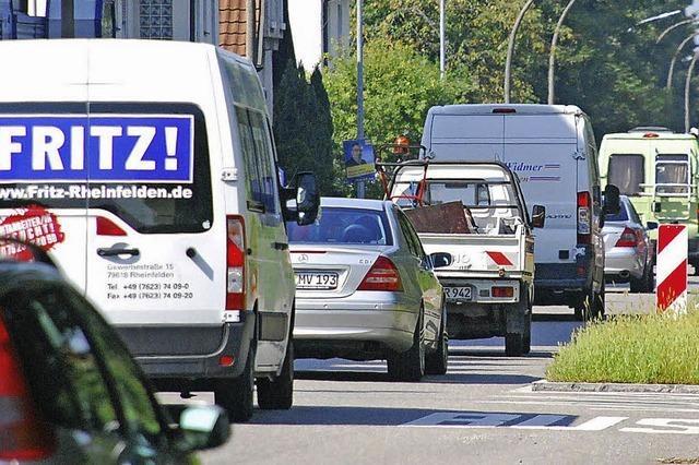 Der Autoverkehr nimmt weiter zu