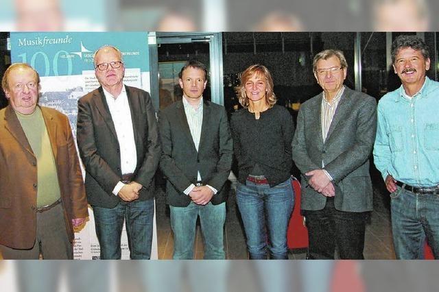 Musikfreunde Donaueschingen bestätigen Vereinsspitze