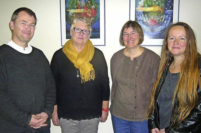 Vier Frauen und ein Mann sind bereit fürs Kirchenamt
