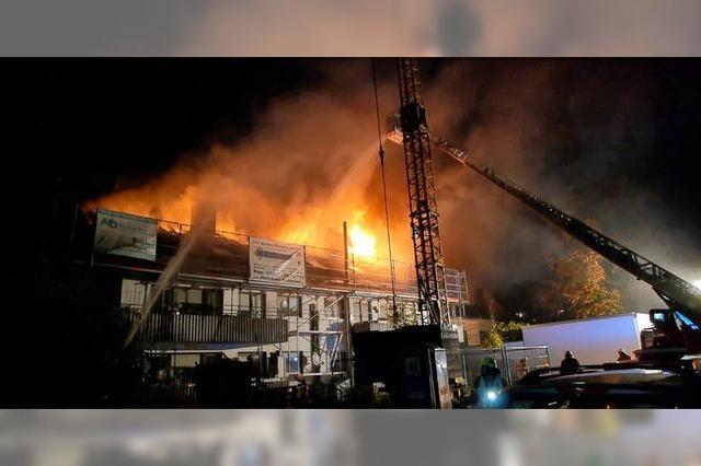 Dachstuhlbrand in Niederrimsingen gelöscht – keine Verletzten