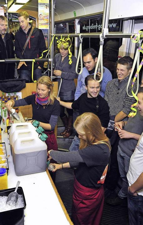 Alkoholfreies Fest im Partywagen der VAG   | Foto: Thomas Kunz