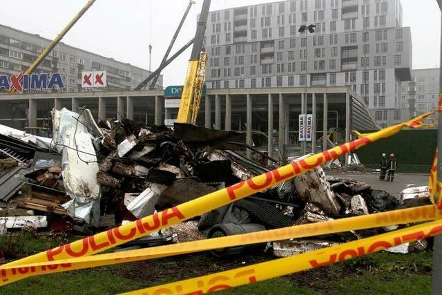 Riga: Mindestens 43 Tote bei Einsturz von Supermarkt