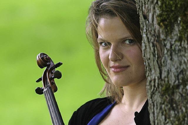 Malwina Sosnowski und das Philharmonische Orchester Basel spielen im Stadtcasino