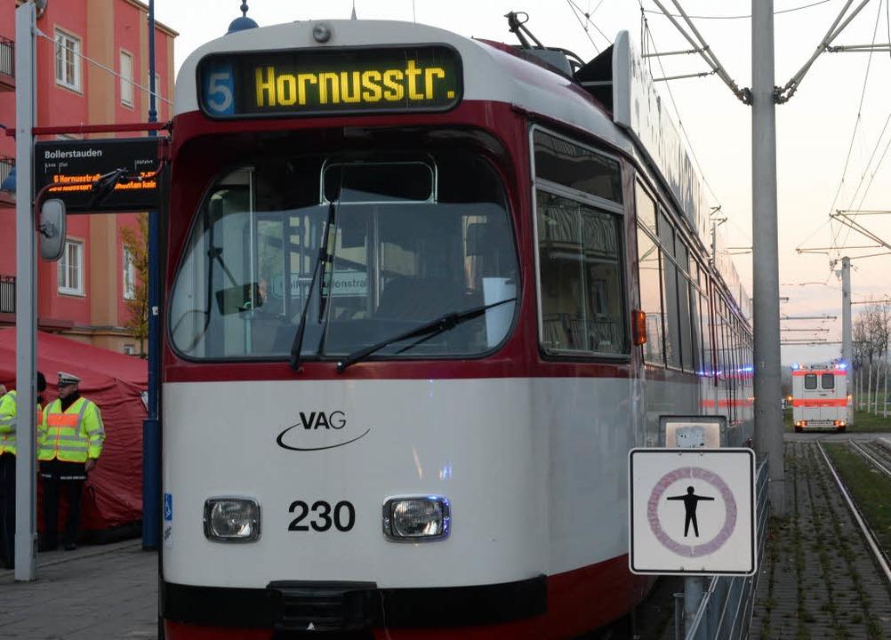 15-Jähriger verunglückt tödlich bei schwerem Tramunfall in Freiburg.    Foto: Patrick Seeger