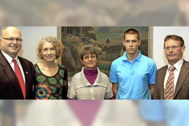 Ehrennadeln für Kuhbacher Blutspender