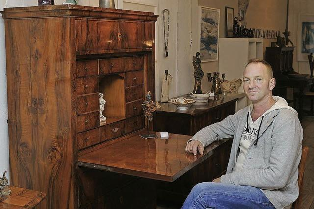 Von Kindheit her eine Schwäche für antike Möbel