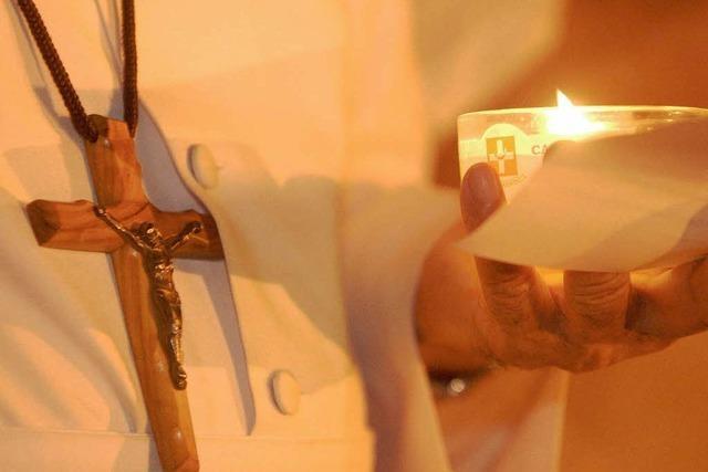 Katholische Priester üben Kritik am Vatikan