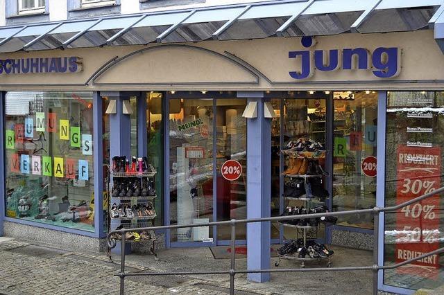 Schuhhaus Jung schließt - weiterer Leerstand in Neustadt