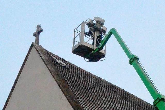 Eimeldinger Kirchendach abgedichtet