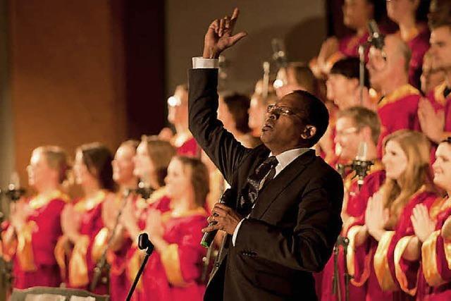 Zwei Konzerte des Freiburger Gospel Choirs mit Malcolm Green