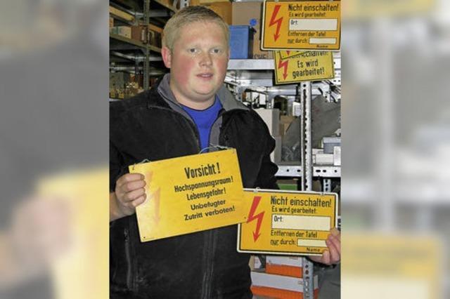 Ausbildungsberuf Elektroniker: Andreas Mutter vernetzt Technik clever im Haus